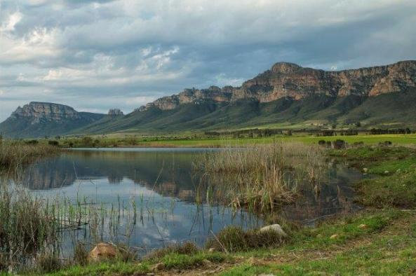 Moutonshoek Valley_Credit Michael Price